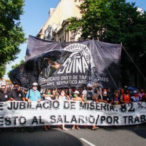 201218-Mov-ocupados-y-desocupados-Sutna-Obelisco-a-Congreso-Andres-Ojo-24-650x365_center_center